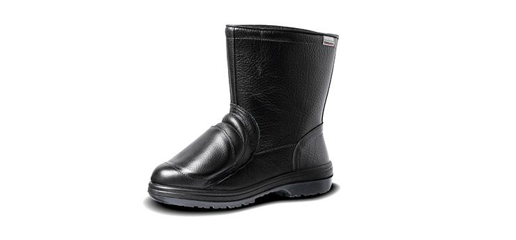 合成ゴム2層底ラバーテック安全靴の甲プロテクタ付き。耐熱底。「RT940甲プロ内装N」